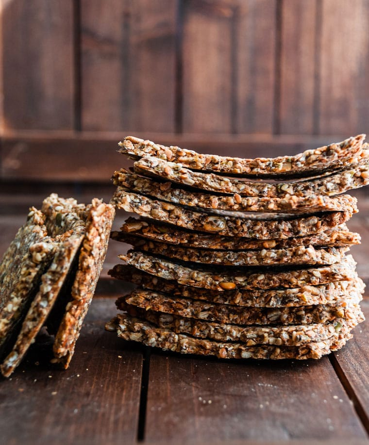 easy five seed crackers